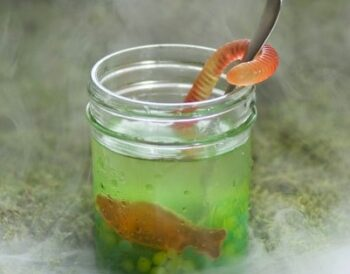 14 Cool Halloween Drink Ideas