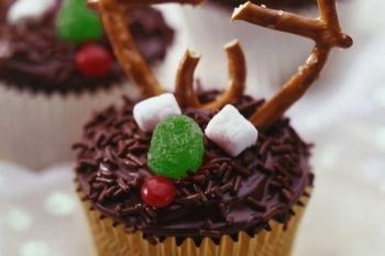 9 Creative Christmas Cupcake Ideas