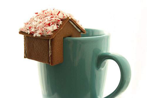 Mini Rim-Perching Gingerbread Houses