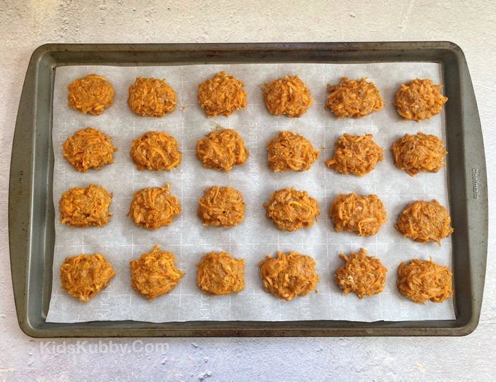 Baked Sweet Potato Chicken Nuggets -- A quick, easy and healthy recipe! My kids love them.
